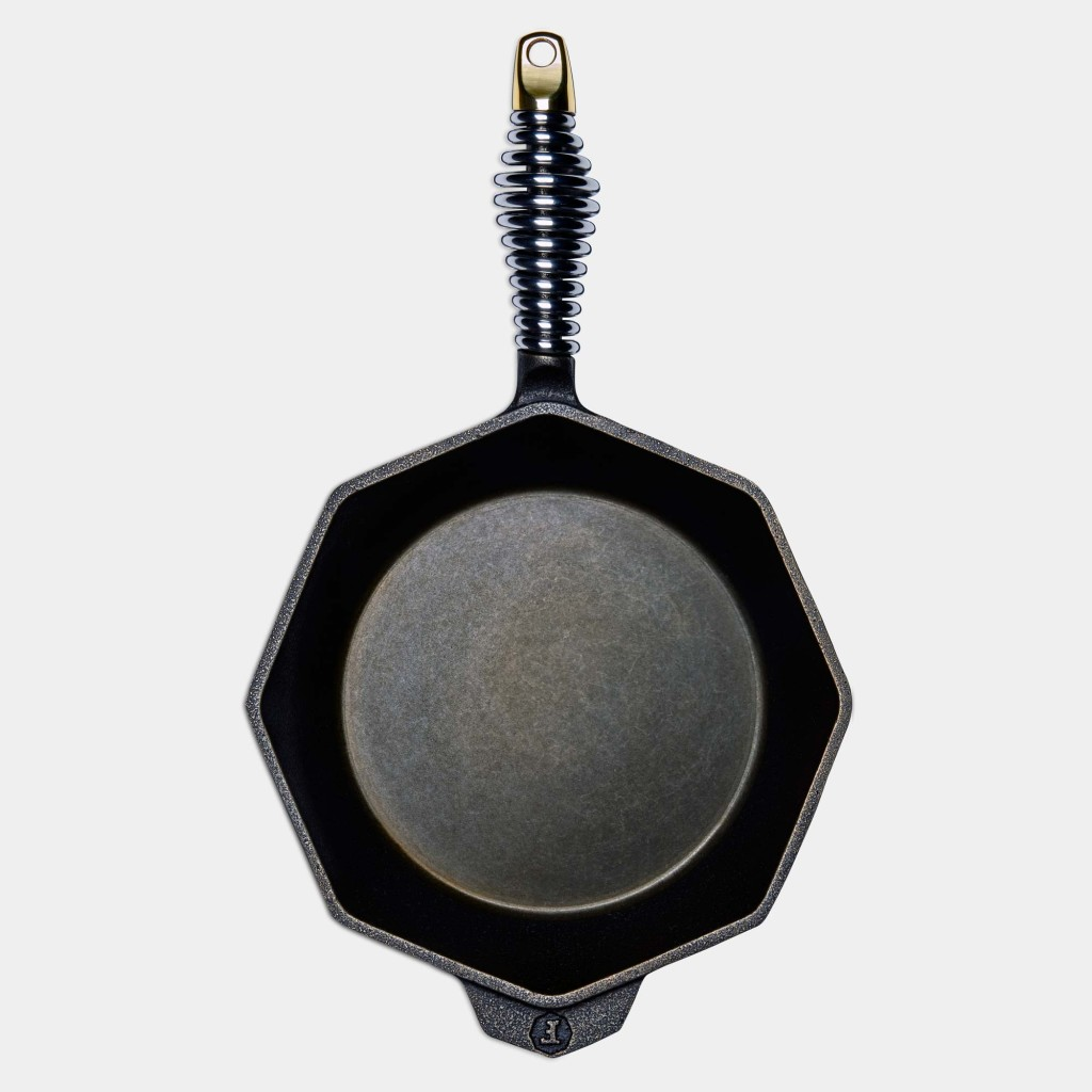product-gallery-skillet-8-top