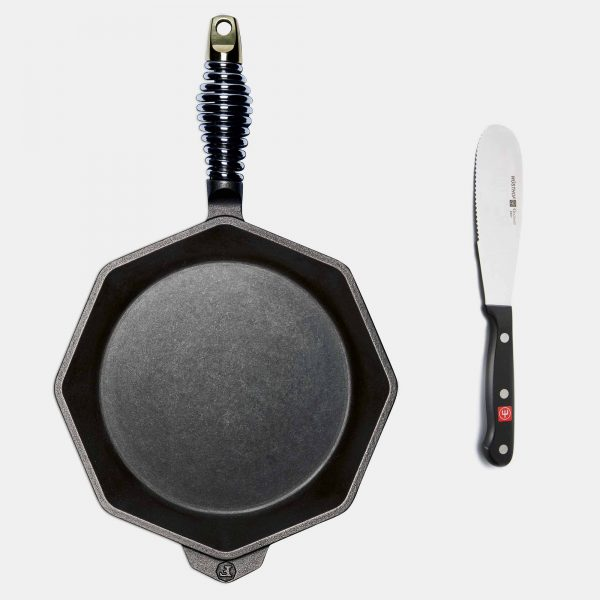 10 inch cast iron skillet with spreader
