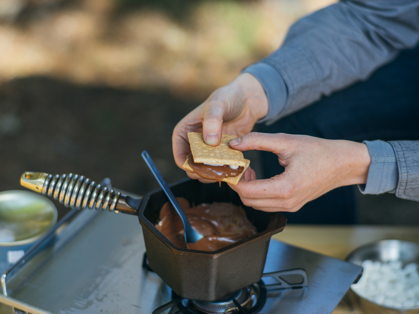 FINEX Cast Iron Sauce Pot 1-Quart S'More's Chocolate