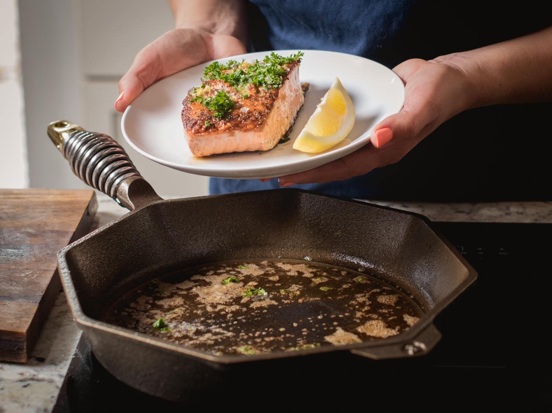 FINEX 12-inch cast iron skillet perfect seared salmon