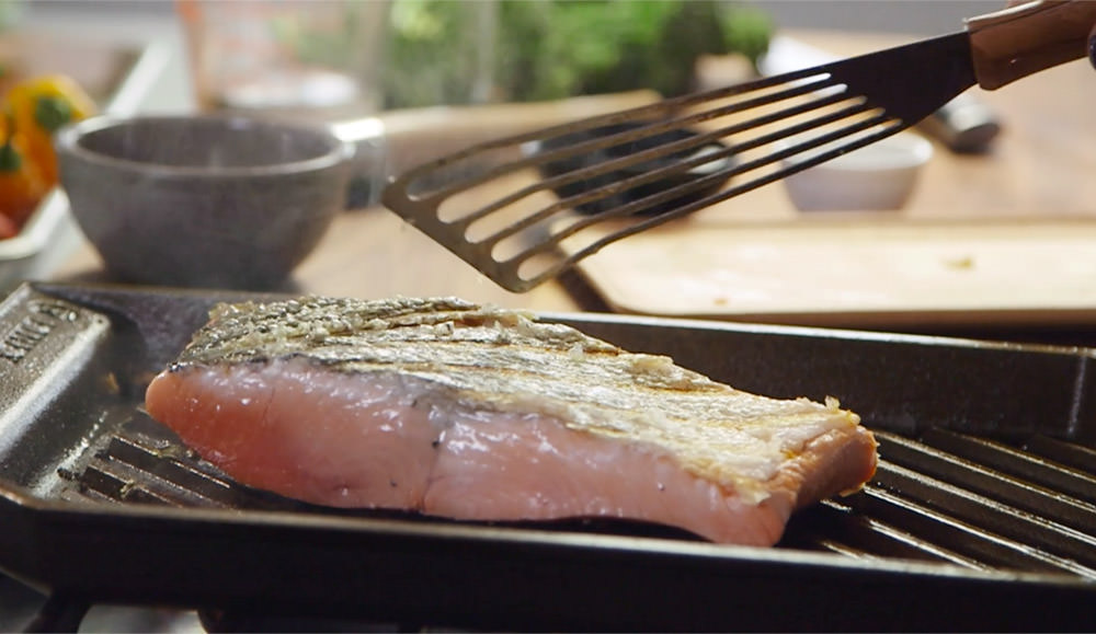 FINEX Brand Asset Preview - Grill Pan Salmon