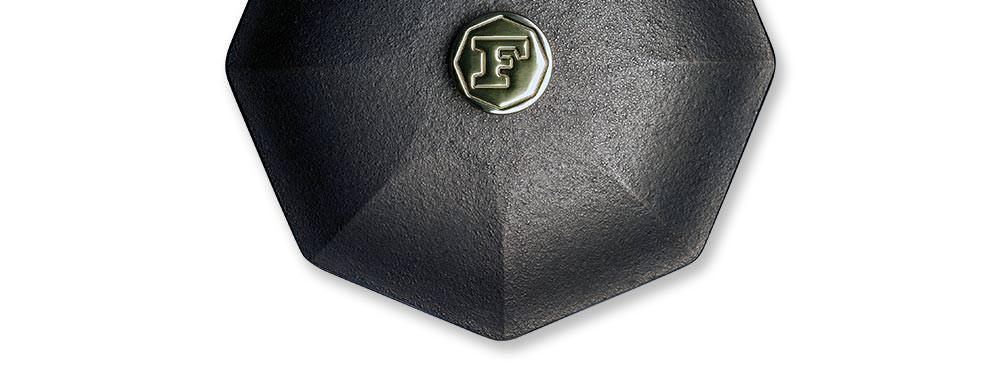 details-lid-brass-cap