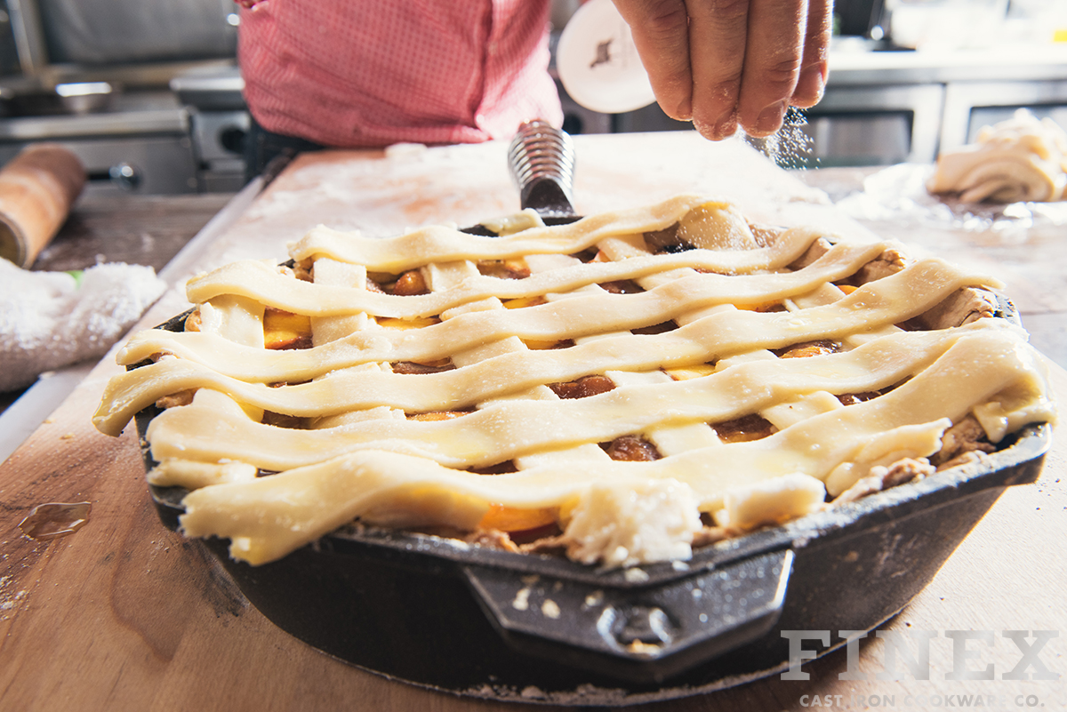 Post Featured Peach Pie Cast Iron Skillet 1